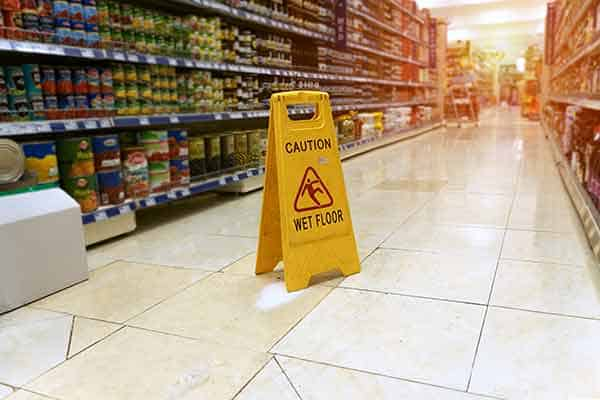 slip and fall accident in Wal Mart